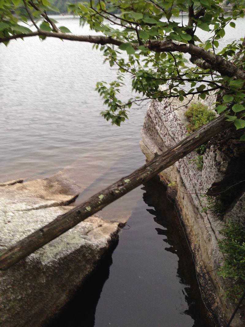 Mohonk10 Lake Vignette