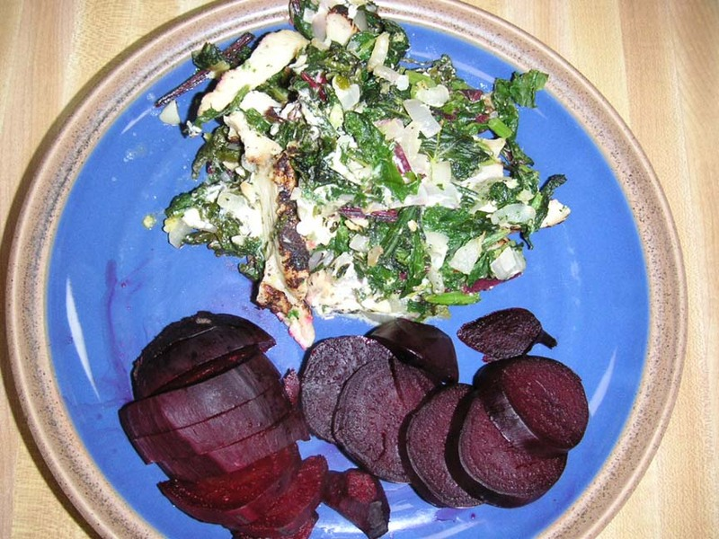 Chicken_with_greens_and_goat_cheese_1